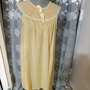Vintage 60s nightgown
